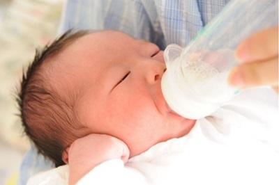 赤ちゃんの成長 新生児